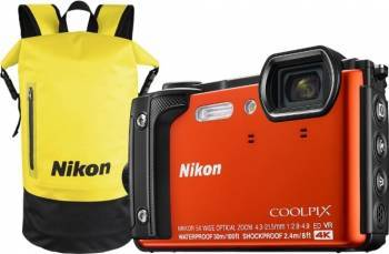 Aparat Foto Compact Nikon Coolpix W300 16MP Holiday Kit Portocaliu Aparate foto compacte