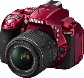 Aparat Foto DSLR Nikon D5200 kit AF-S DX 18-55mm f3.5-5.6 VR II Rosu