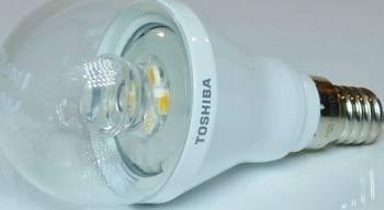 Bec LED Toshiba Lumanare E14 6W 470 lmn Lumina Calda 2700K Dimabil Becuri