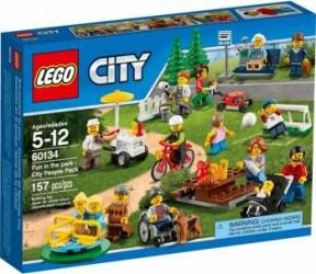 LEGO CITY - DISTRACTIE IN PARC: OAMENII ORASULUI 60134 Lego