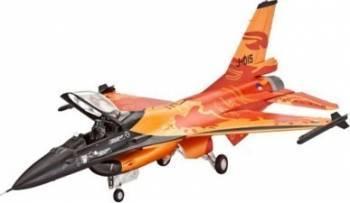 Macheta Revell Model Set F-16 Mlu Solo Display Machete