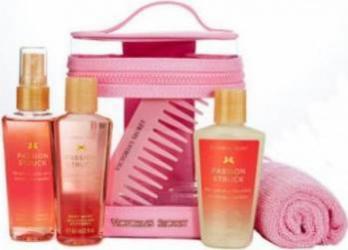 Pachet promotional Victorias Secret Passion Struck Nourishing Body Spray 60ml + Body Lotion 60ml + Shower Gel 60ml + Com Pachete Promotionale