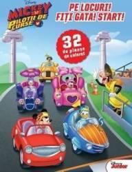 Pe locuri Fiti gata Start 32 de planse de colorat - Mickey si pilotii de curse