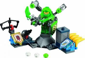 Set Constructie Lego Nexo Knights Supremul Aaron Puzzle si Lego