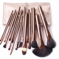 Set 18 Pensule Machiaj Cosmetic Par Natural Make Up Profesional
