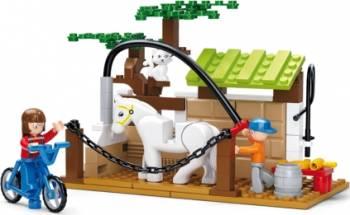 Spalatorie de cai Sluban Town Farm M38-B0557 Lego