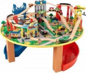 Trenulet din lemn City Explorer si masa de joaca Kidkraft Machete