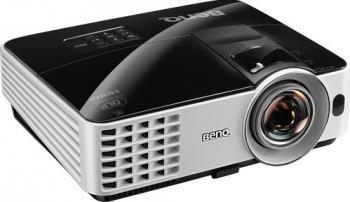 Videoproiector BenQ MX620ST