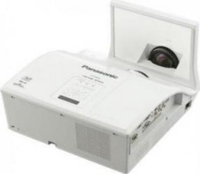 Videoproiector Panasonic PT-CX300E