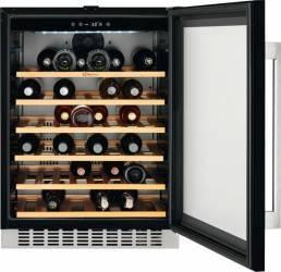 Vitrina frigorifica pentru vinuri Electrolux ERW1573AOA 138L Clasa A NegruInox Frigidere Combine Frigorifice