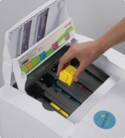 cerneala solid confer documentelor culori intense i vibrante indiferent de media de imprimare utilizat chiar i n cazul hrtiei reciclate - Imprimanta Color