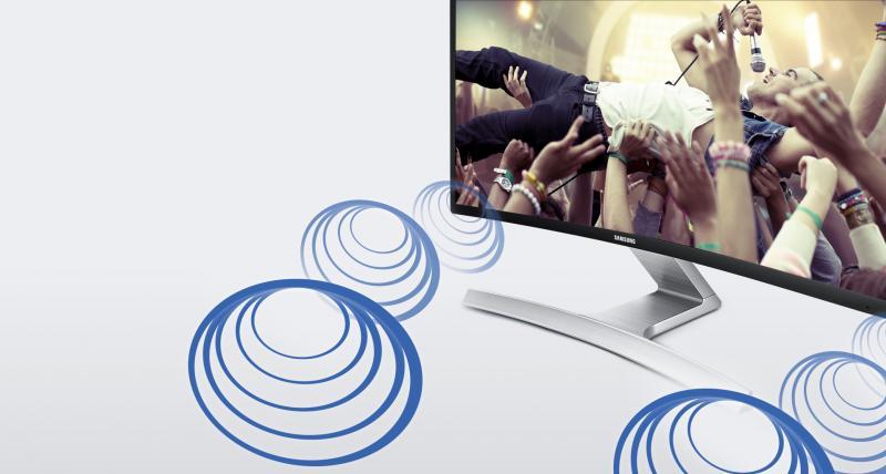 Divertismentul prinde viaţă cu difuzoarele stereo încorporate direct în ecranul curbat